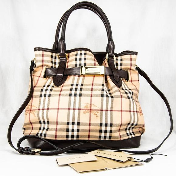 8187fd71b0e8 Burberry Handbags - Burberry Medium Golderton Haymarket Tote
